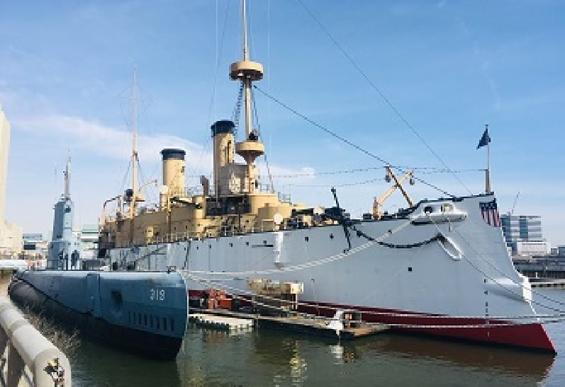 Cruiser Olympia and Submarine Becuna at The Independence Seaport Museum